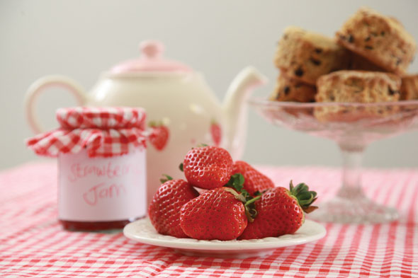 Strawberry Teas Gift Day – Saturday 17th June, 10-12 & 2-4